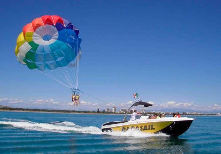 monohull-parasail-boat-parasail-21400-5731735