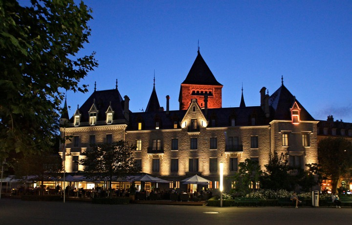 chateau_douchy_m1k8551