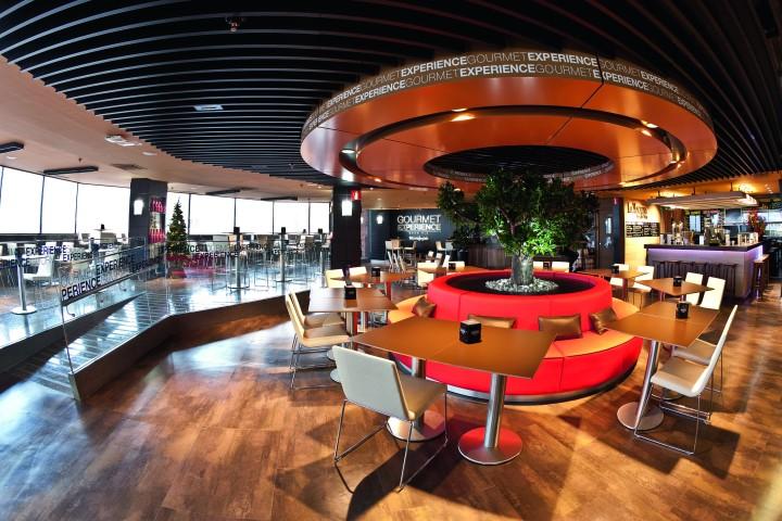 Gourmet-Experience-ElCorteIngles-Callao-zona-comun