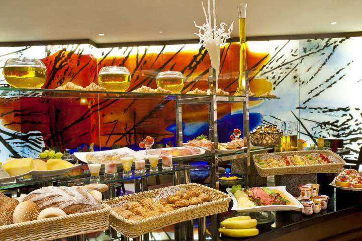 Gulf Hotel Bahrain - Best restaurants and dining - International - Buffet breakfast_0