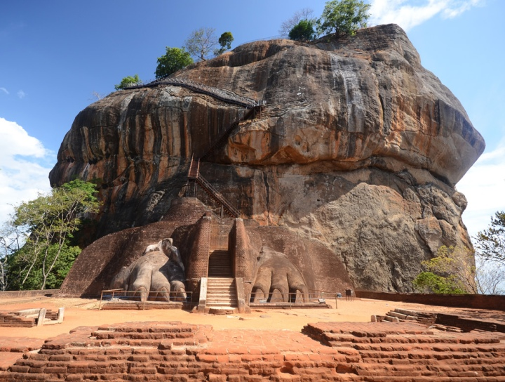 sigiriya-rock-fortress-3