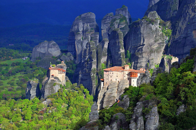 greece-meteora-monasteries-and-rock-spires