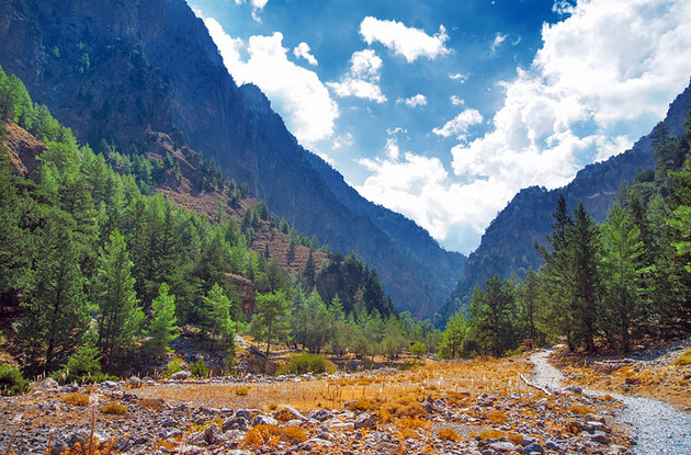 greece-samaria-gorge-and-trail
